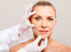 Омоложение лица после 50ти: какие косметологические процедуры выбрать?