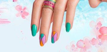 Дизайн ногтей в подарок
